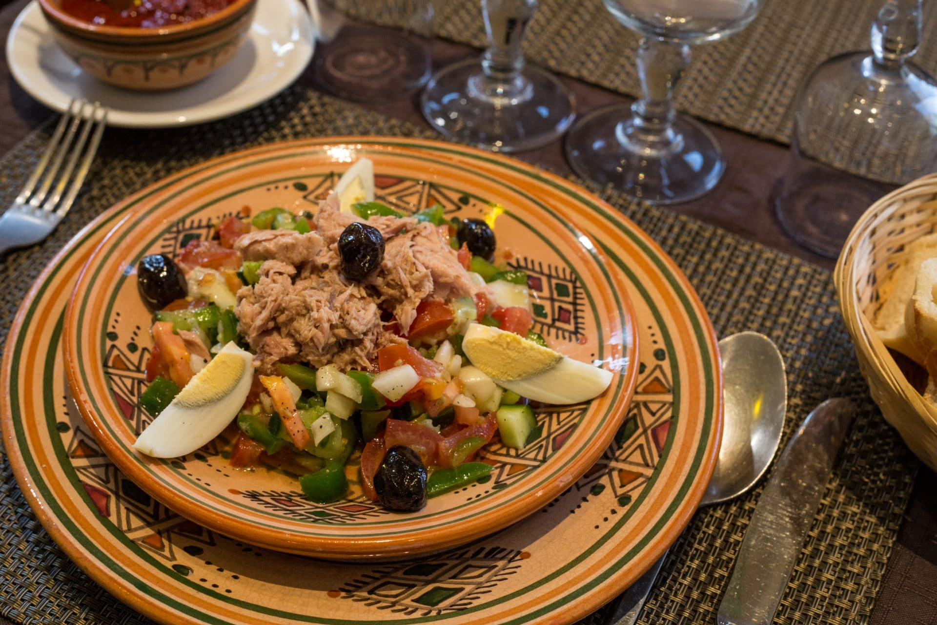 Restaurant couscous marseille elyssa - Restaurant halal vieux port marseille ...